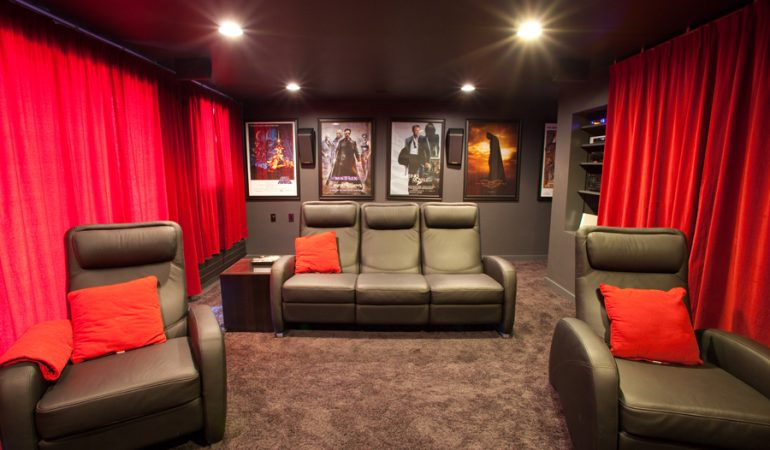Best Blackout Curtains for Home Theaters » Soundproofing Tips